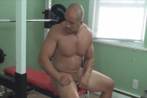 Mission4Muscle Rocky undressed Muscle Workout
