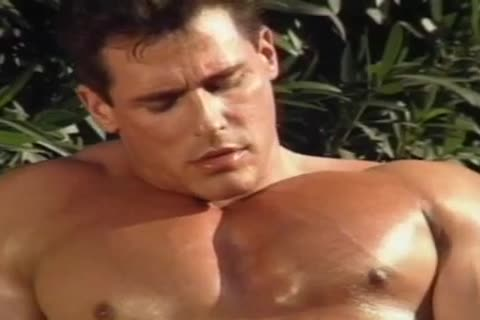 Mr. Muscledude - Jerking By The Pool