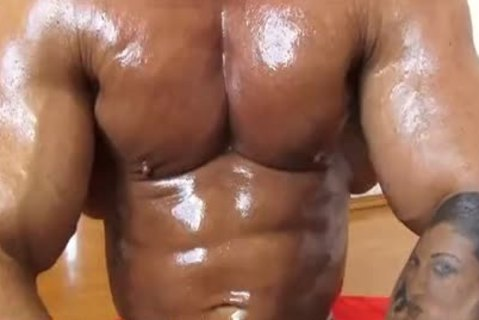 realmuscle Bodybuilder Sensual cumstasty