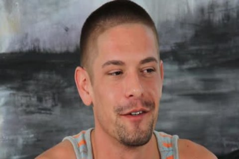 HD - gayCastings sexy man Who loves Sex Wants To Be Phelp For It