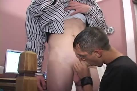 10 Min Clip Of kinky Friendly Nerd sucking My gigantic penis In Slow Motion