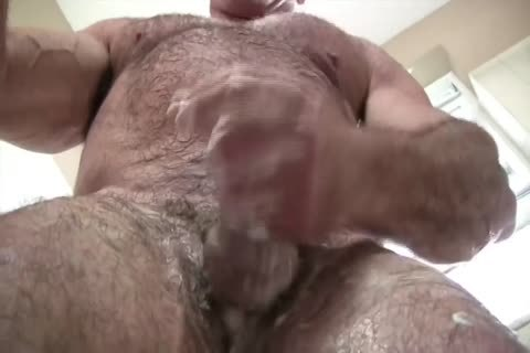 juicy Muscle Daddy Mikey Shower jack off & love juice
