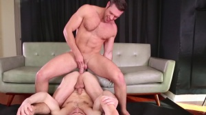 Mix It Up - Dylan Knight with Alex Mecum anal Nail