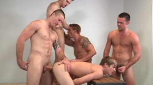 Muscle Worship - Phenix Saint with Johnny Rapid ass Hook up