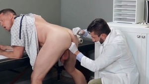 DrillMyHole.com: Pierce Paris loves american Scott DeMarco