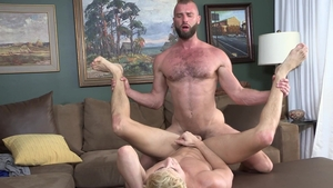 Family Dick: Donnie Argento with Taylor Reign sensual kissing