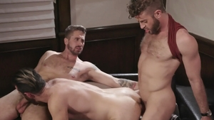 IconMale: Link Parker plus Brendan Patrick receiving facial