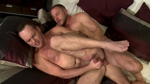 Men Over 30 - Hans Berlin fucks gay Devin Adams in the morning